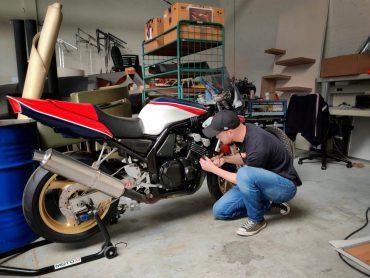 Yamaha Fazer 600 – Garage73