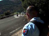Franse politie kan bekeuren voor rijden ideale bochtenlijnen