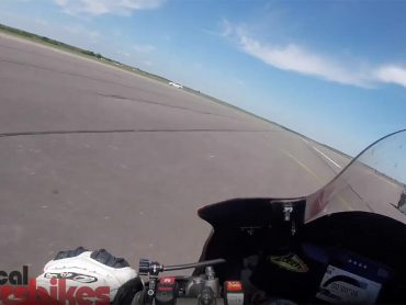 Guy Martins Hayabusa vernietigt Honda RC213V-S TT in dragrace