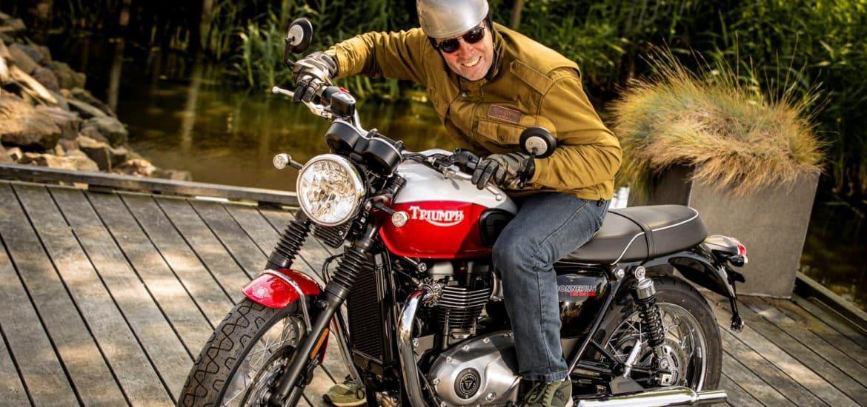 Triumph Bonneville Bud Ekins T100