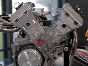 Zondagmorgenfilm: De meest waanzinnige motorfiets-blokken ooit