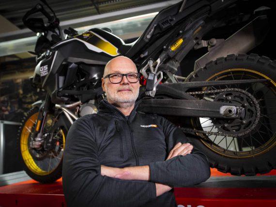 Jan Kruithof: 30 km/u max: da's niet te doen op de motor!