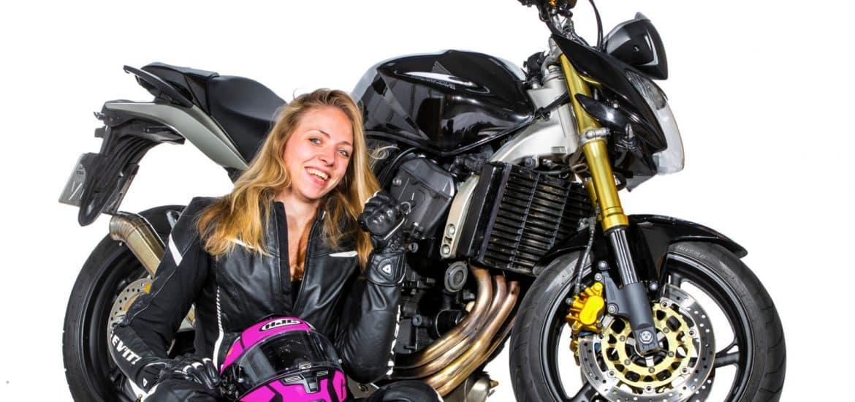 Motorrijder Sylvia van der Meijden