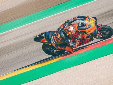 Te koop: twee KTM RC16 MotoGP-racers