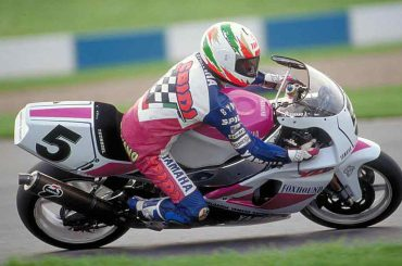 Yamaha eert Fabrizio Pirovano met een R1 Replica