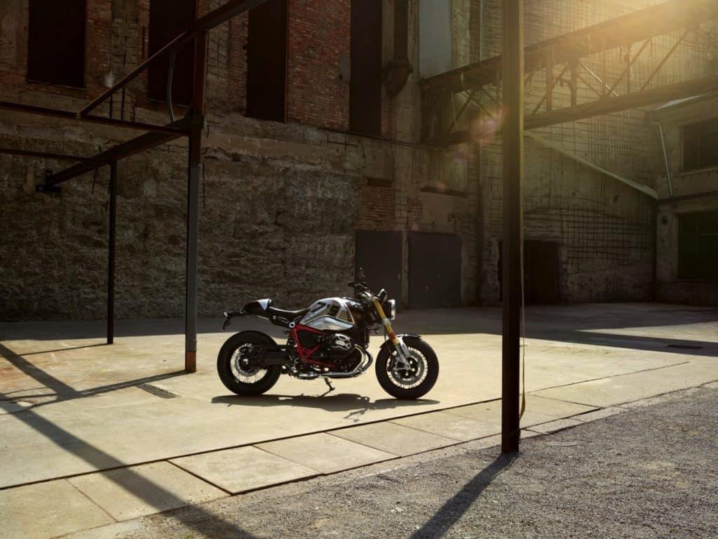 BMW R nineT. Option 719 Night Black matt/Aluminium matt
