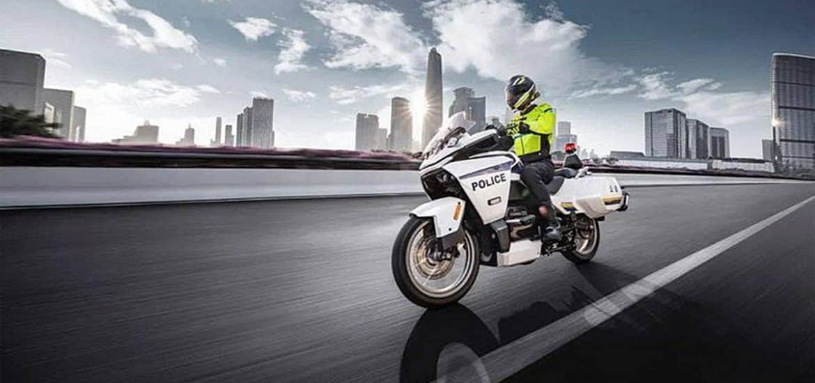 CFMoto 300GT-E: Chinese politie
