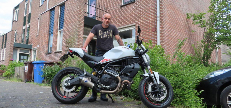 De Ducati Monster 797 van Rick Geurtsen uit Alphen aan de Rijn