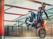 KTM vernieuwt 690 SMC-R en 690 Enduro R