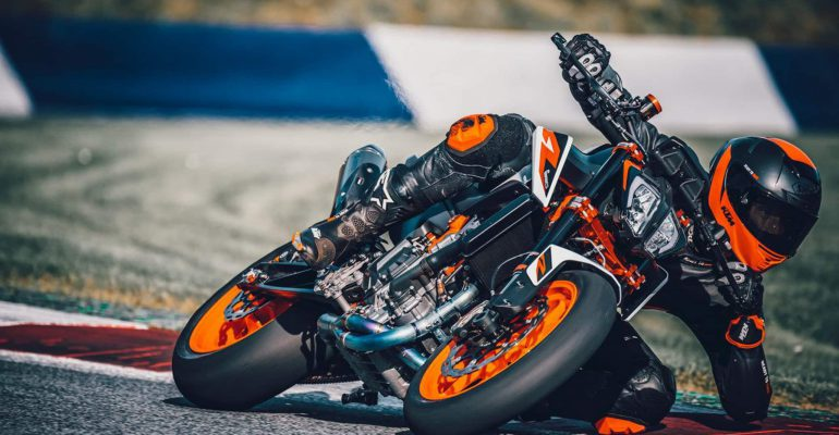 KTM zoekt wereldwijd naar Ultimate Duke Rider
