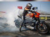 Harley-Davidson ziet toekomst in dragracen met LiveWire