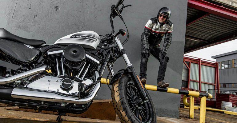 Laatste test: Harley-Davidson 48 Special