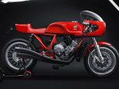 Nieuwe Magni Italia 01/01; eerbetoon aan Arturo