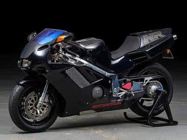 Zeldzaam: zwarte Honda NR 750 in mint condition
