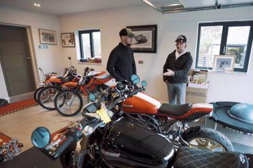 Zondagmorgenfilm: de garage van Carl Fogarty