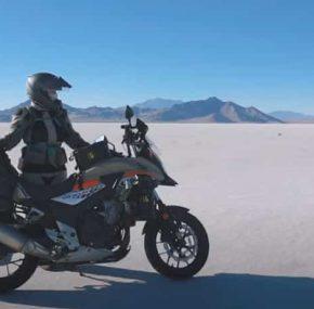 Zondagmorgenfilm: 24 dagen 'on the road' door Amerika op een Honda CB500X