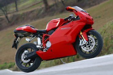 Ducati 999: ongewenste opvolger van Ducati 916