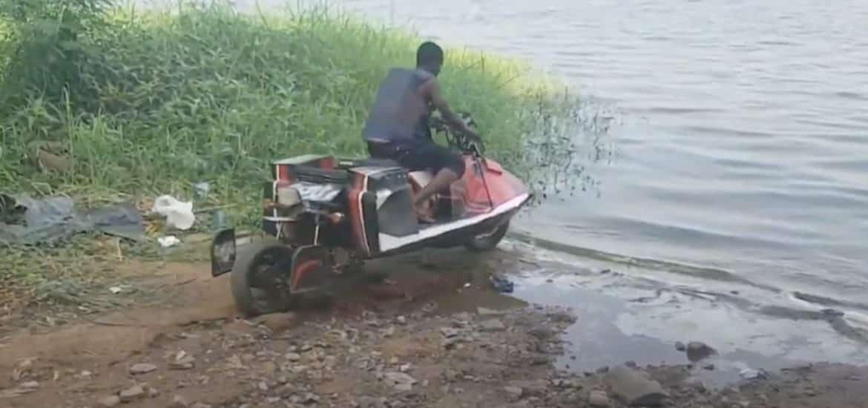 motor in het water