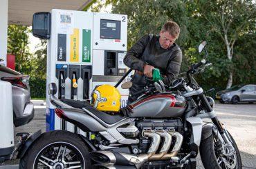 Is E10-Benzine schadelijk voor moderne motoren?