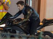 The Falcon and the Winter Soldier: Bucky rijdt op een Honda CBR600RR