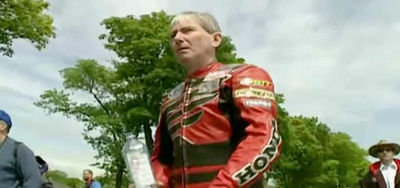Joey Dunlop Isle of Man 2000