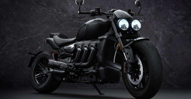 2021 Triumph Rocket 3R Black 'Paint it black'