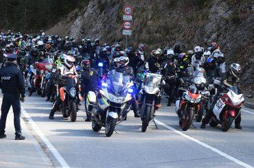 Duitsers protesteren tegen motorverbod