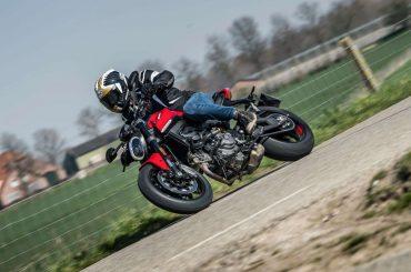 Eerste test 2021 Ducati Monster