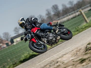 Eerste test 2021 Ducati Monster