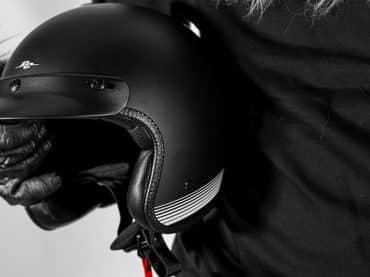 Rusty Stitches' nieuwste helm heet Fonzie