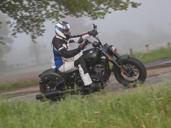 Test Indian Chief Dark Horse & Chief Bobber Dark Horse