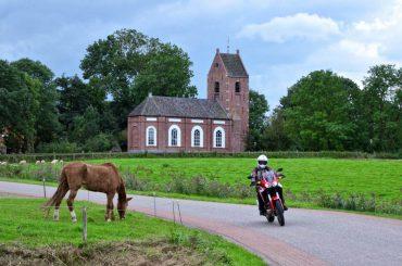 Toerisme: Kloostermoppentoer door Groningen