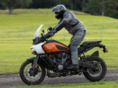 Nederlands kledingmerk REV'IT! maakt 'Pan America'-kleding voor Harley-Davidson