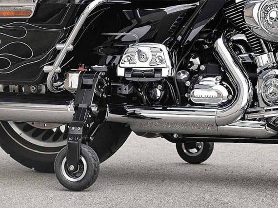 Zijwielen uit Japan voor gewichtige Harley-Davidsons