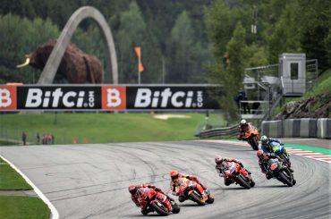 MOTOGP: Binder bezorgt KTM en Red Bull  waanzinnige thuiszege