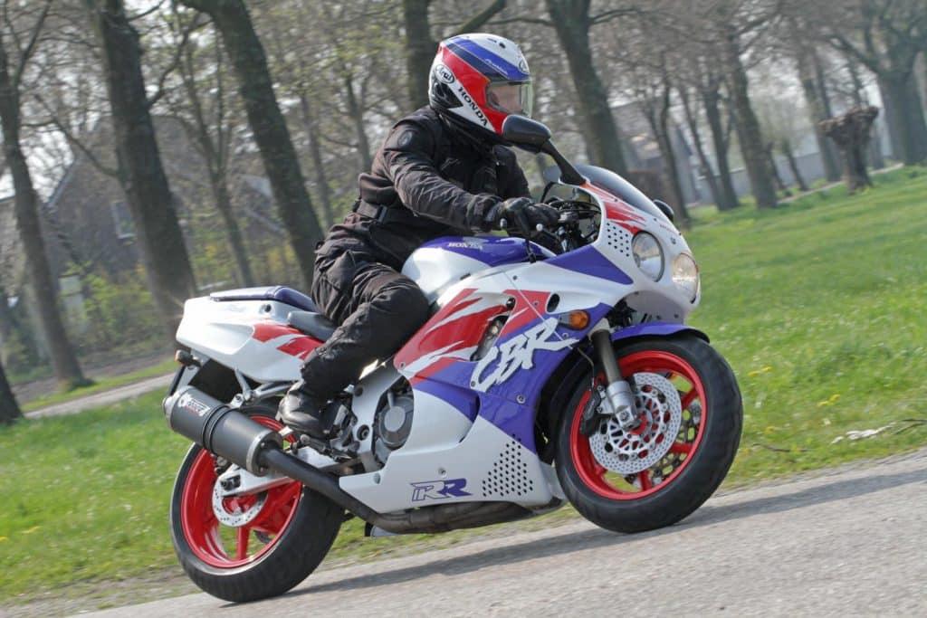 Rijden met de Honda CBR900RR Fireblade
