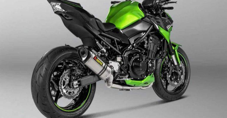 Laat je 2021 Kawasaki Z900 zingen met een Akrapovič